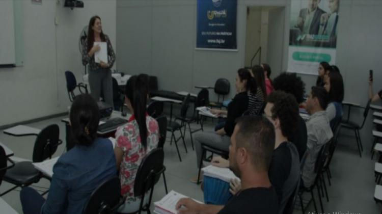 """Notícia: PREFEITURA ABRE INSCRIÇÕES PARA O PROGRAMA """"MEU EMPREGO – TRABALHO EM EQUIPE"""