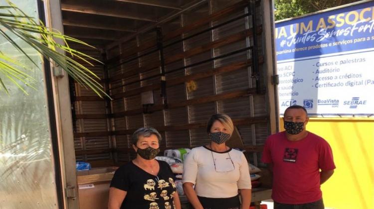 Notícia: JAGUARIÚNA SOLIDÁRIA ARRECADA 700 KG EM DOAÇÕES